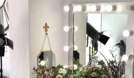 La medida ideal para tu espejo de maquillaje con luces